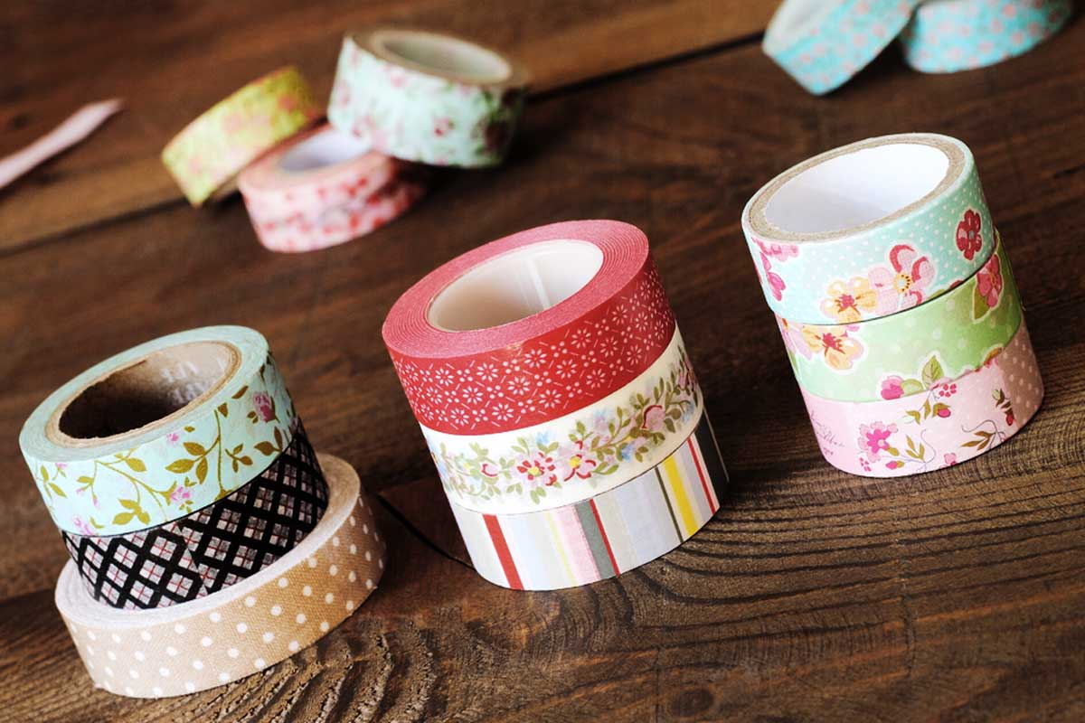 bunte washi tape bilderrahmen zum selbermachen so geht 39 s mypostcard blog. Black Bedroom Furniture Sets. Home Design Ideas