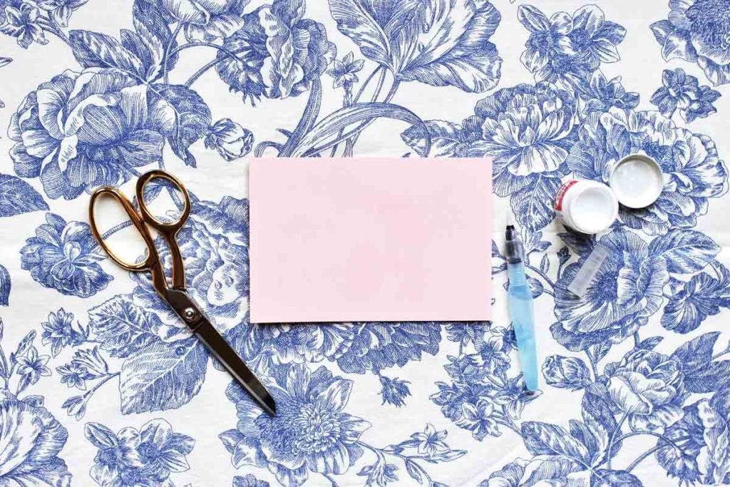 10 DIY Postcard Ideas You Need to Try