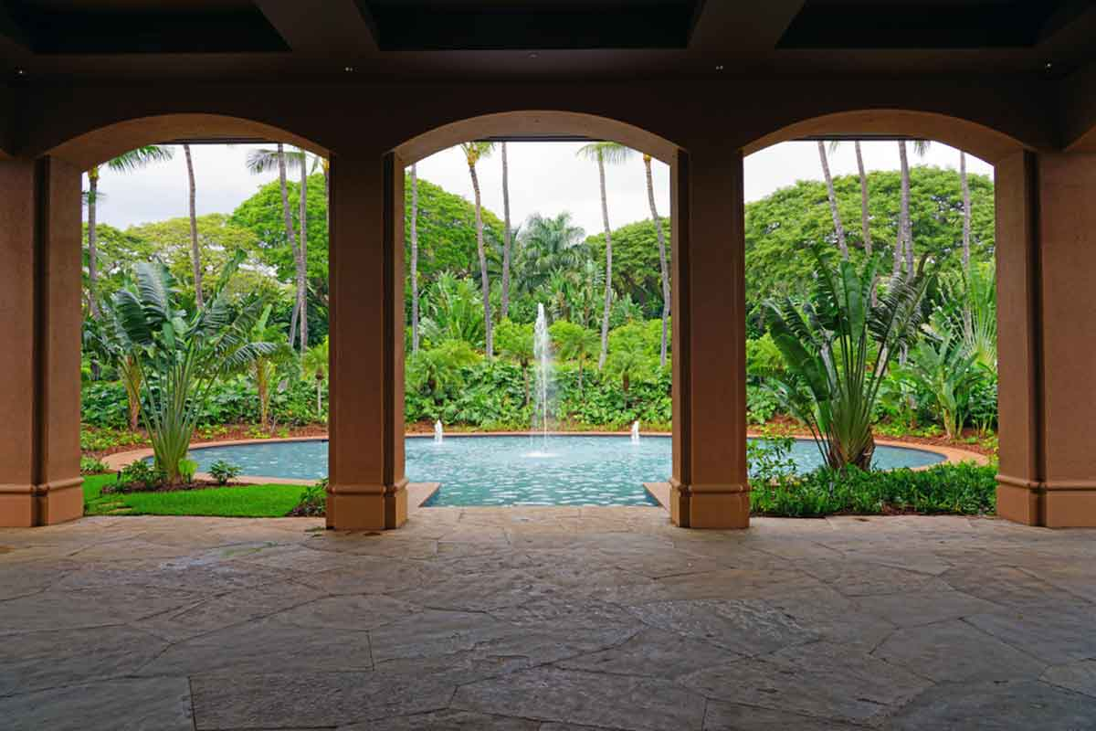 Lanai in Hawaii is an awesome location for mother daughter trips