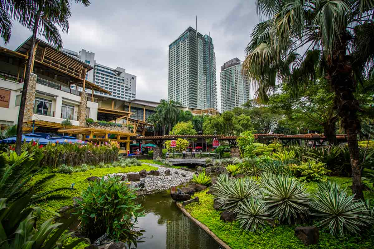 The Greenbelt Park in Manila is a great destination for Summer in Asia, Source: Shutterstock / Jon Bilous