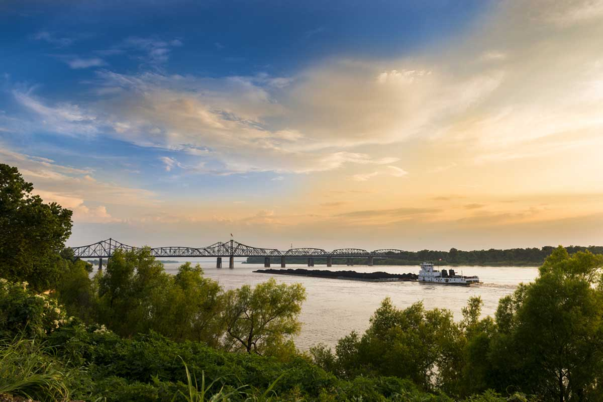 Mississippi is one of the TOP Romantic weekend breaks