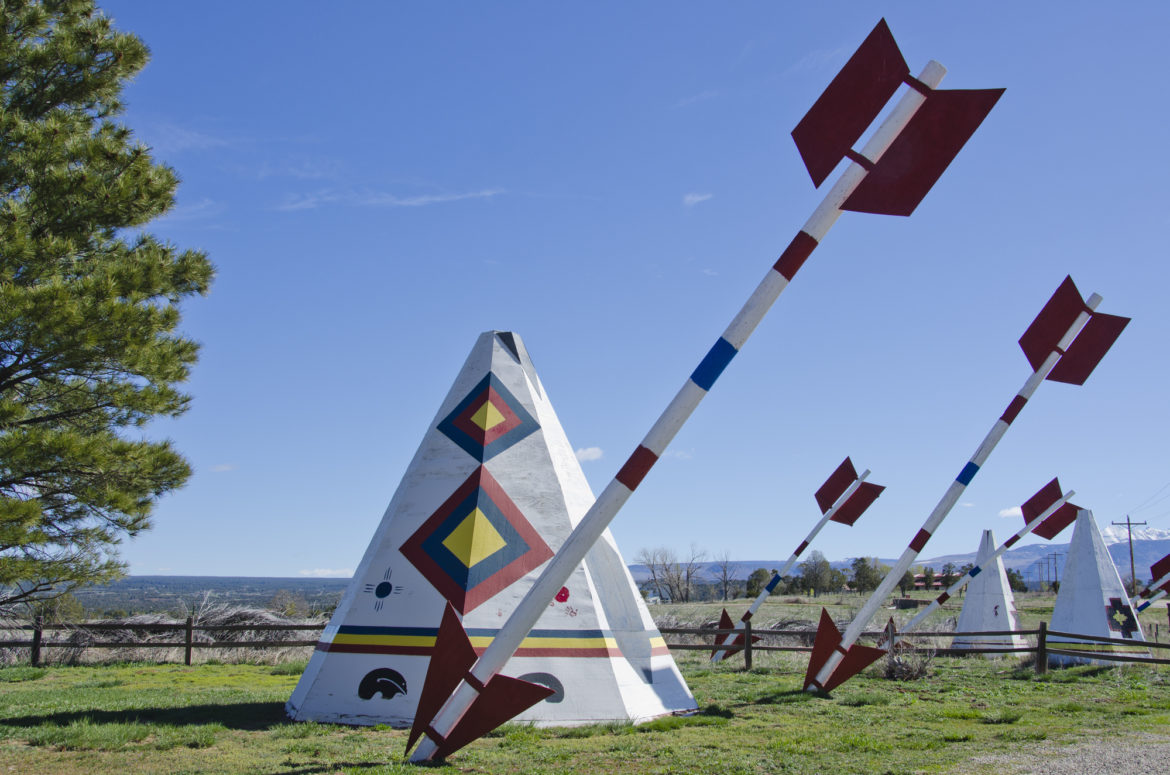 Giant arrows and Teepees decorate this weird Roadside Attraction