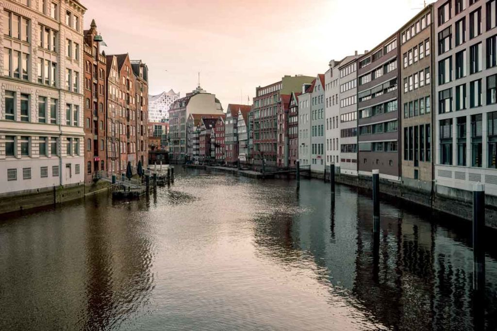 Places to travel with kids - City trips like Hamburg are versatile