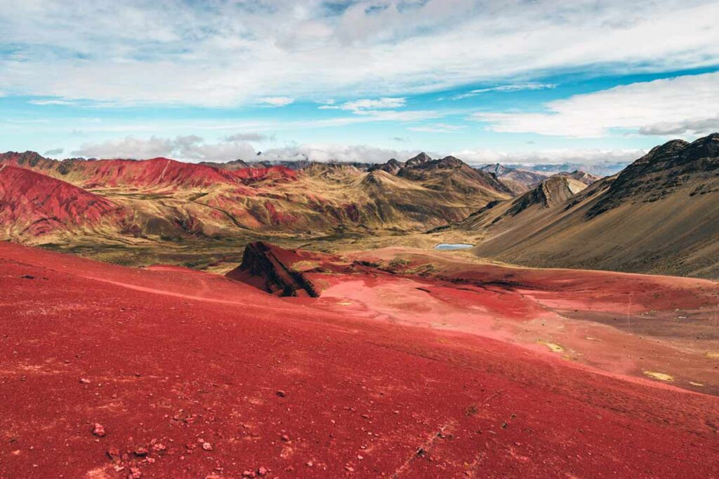 A reddish mountainous landscape in Peru