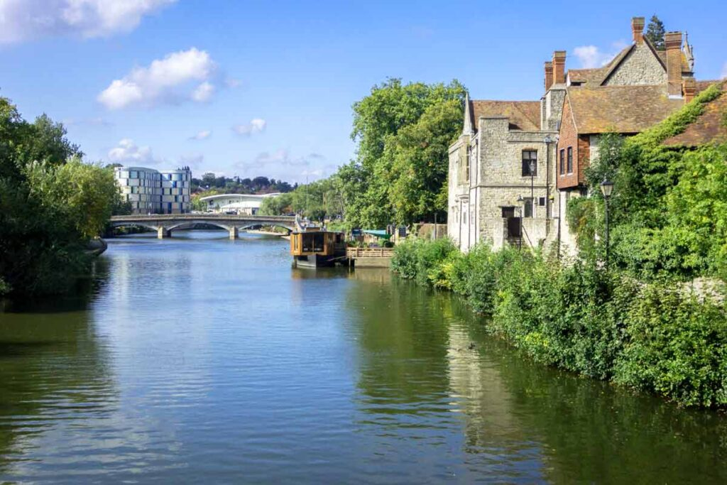 A river runs through this perfect holiday scene in Maidstone