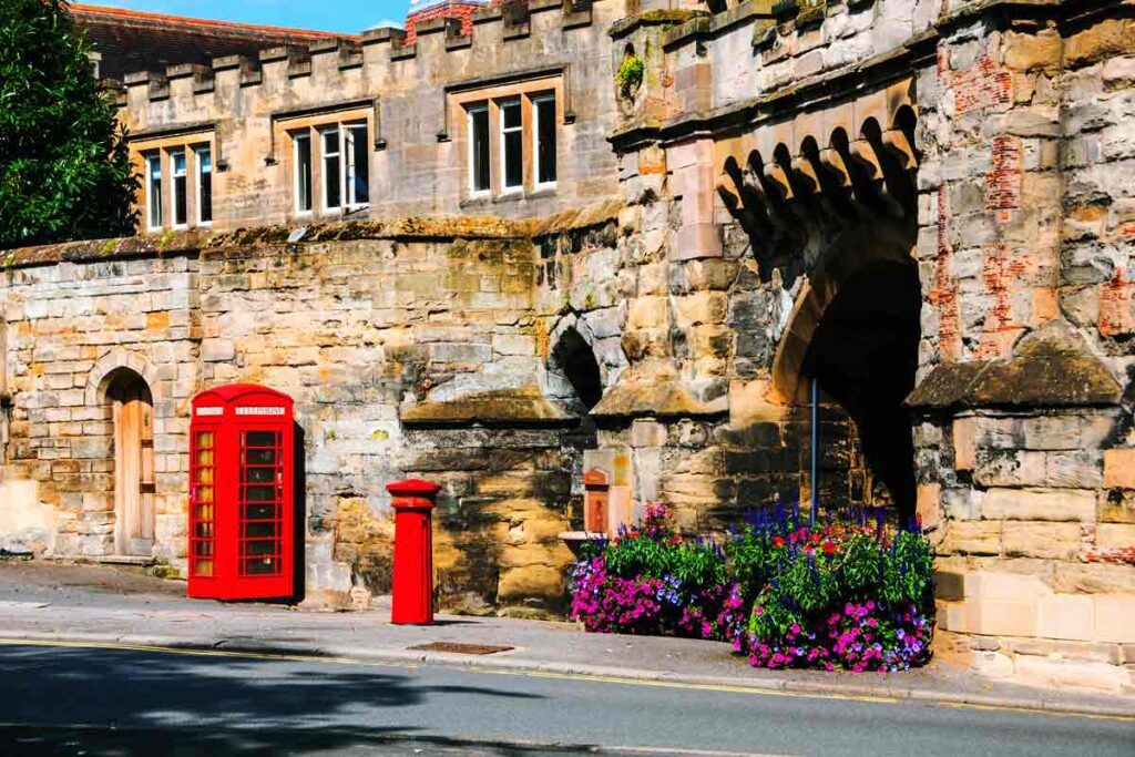 The cute period buildings of Stratford upon Avon next to the classic red telephone box