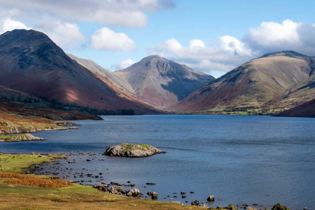 Glorious mountain views over a lake in the Lake District make this a getaway near London to visit