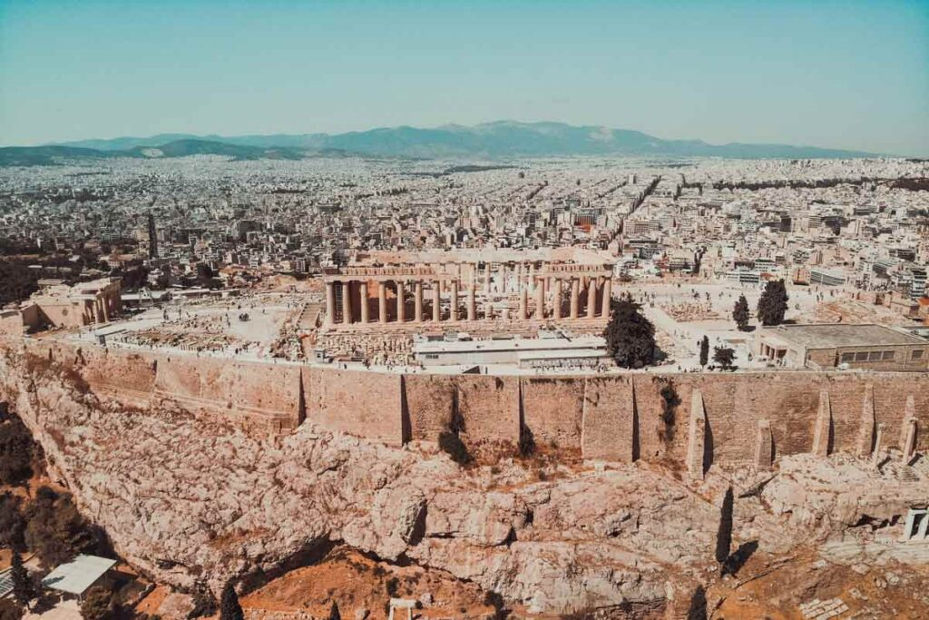 One of the top attractions of Europe is most definitely the Acropolis in greece