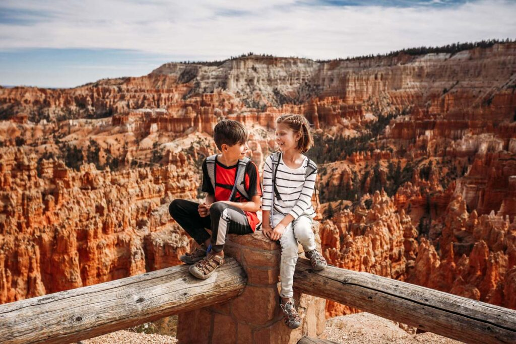 Two Kids in front of the grand canyon