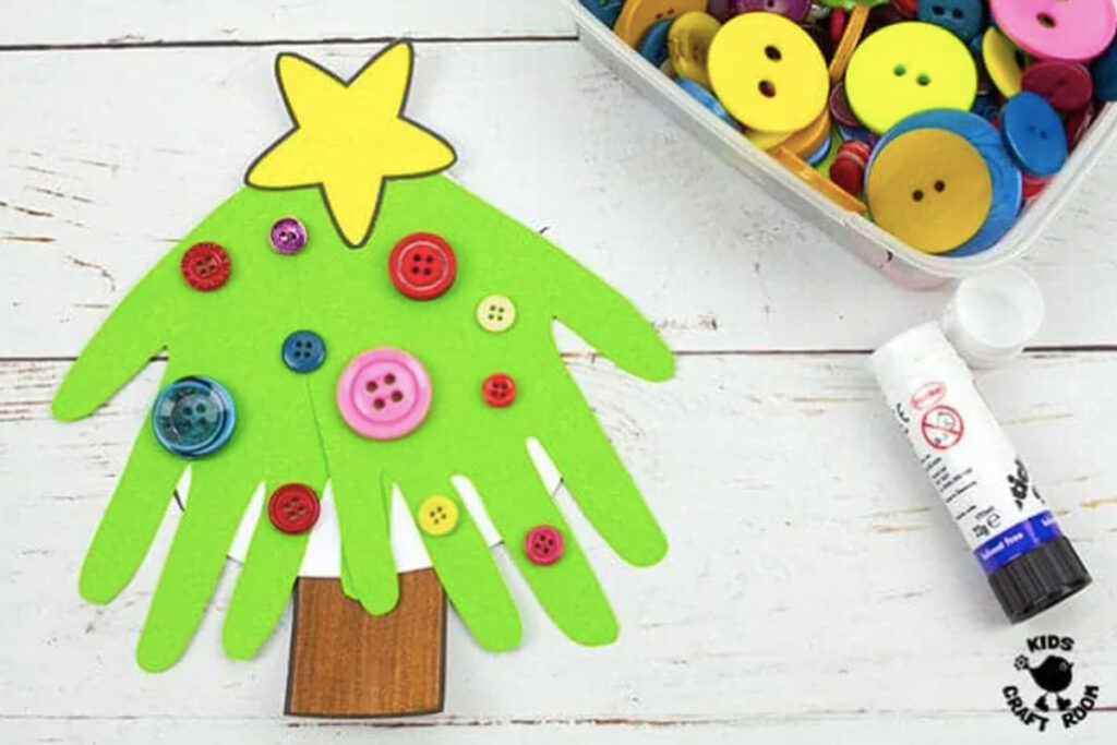 Handprint Christmas tree cards for your relatives homemade by kids