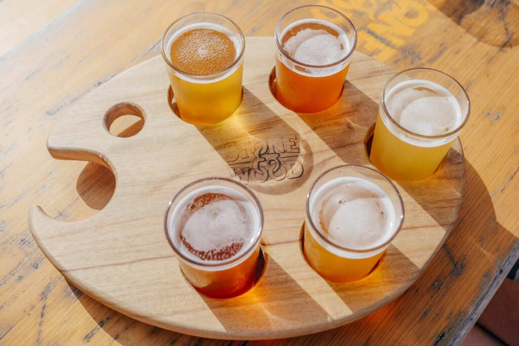 5 small beers supported in a specially built wooden artists palette, as a virtual Father's Day gift idea.